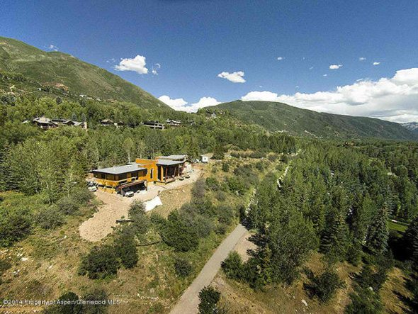 Aspen real estate 020417 135448 720 Willoughby Way 1 590W