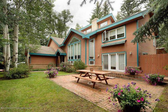 Aspen real estate 122716 135044 203 E Hallam Aka 222 N Aspen St Street 1 590W