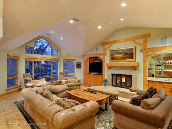 Aspen real estate 123016 137282 132 N Spring Street 2 590W