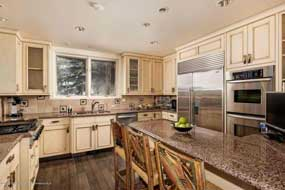 Aspen real estate 052916 142105 563 Edgewood Lane 3 190H
