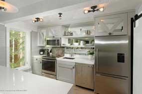 Aspen real estate 071016 139584 1034 Cooper Ave 14 A 3 190H