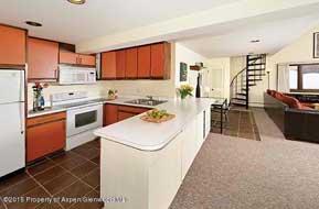 Aspen real estate 080716 137403 800 S Mill Street 304 3 190H