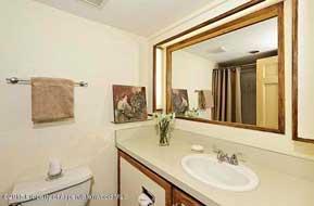 Aspen real estate 080716 137403 800 S Mill Street 304 5 190H
