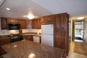 Aspen real estate 080716 139391 400 Wood Road 2311 3 190H