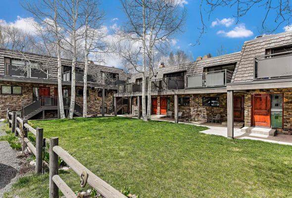 Aspen real estate 091016 143952 124 E Durant Avenue 7 1 590W