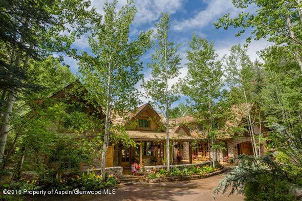 904 Willoughby Way w/Gorgeous Aspen & Mountain Views Sells at $18.25M/$2,342 SF Furn Image