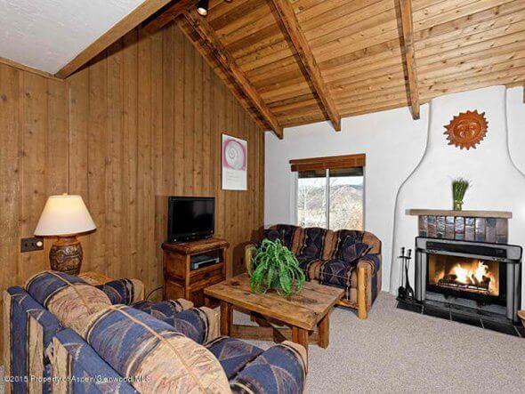 Aspen real estate 012917 141642 35 Lower Woodbridge Road Seasons Four 114 2 590W