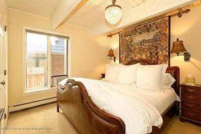 Aspen real estate 011217 143237 731 E Durant Avenue 6 4 190H