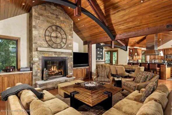 Aspen real estate 031217 144491 552 Walnut Street 2 590W