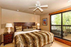Aspen real estate 040917 144283 610 S West End Street A204 4 190H