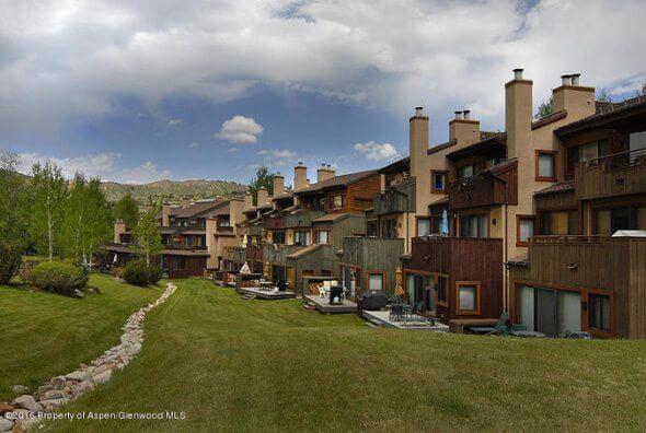 Aspen real estate 043017 143520 150 Snowmass Club Circle 1517 1 590W