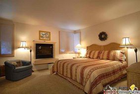 Aspen real estate 043017 147536 135 Carriage Way 4 4 190H
