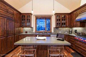 Aspen real estate 050717 145223 536 Walnut Street 3 190H