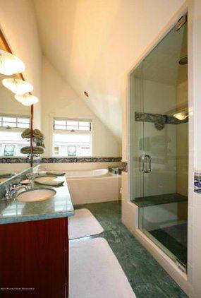 Aspen real estate 050717 146892 614 W North Street 6 190H