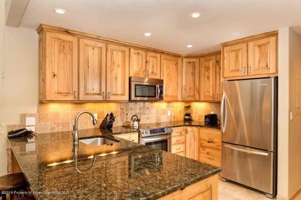 Aspen real estate 060417 144227 610 S West End Street G303 2 590W