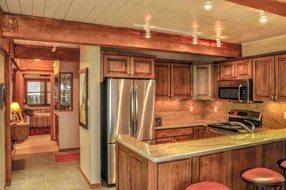Aspen real estate 090317 144574 855 Carriage Way Leaf 201 3 190H