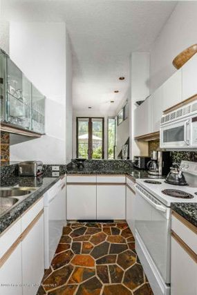 Aspen real estate 091717 149206 155 Lone Pine Road 8 4 285W