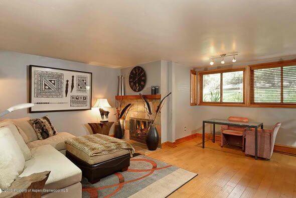 Aspen real estate 092417 148047 910 W Hallam Street Unit 1 2 590W