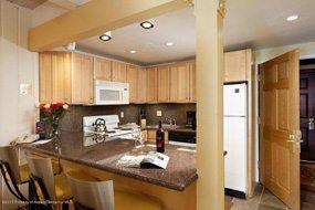 Aspen real estate 092417 150710 617 E Cooper Avenue 320 3 190H