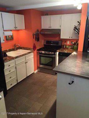 Aspen real estate 100117 148866 202 Waterview 285W 3