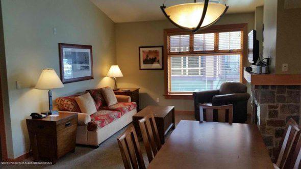 Aspen real estate 101517 148870 90 Carriage Way Capitol Peak B Unit 413 1 590W