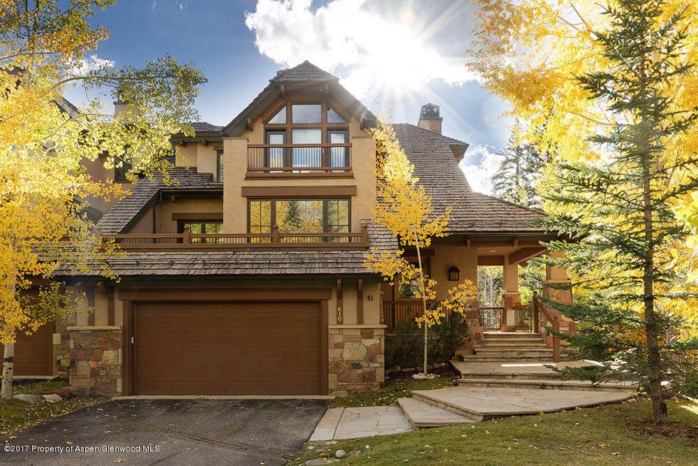 Owl Creek Townhome in Snowmass Village Sells at $3.775M/$977 SqFt Furnished Image