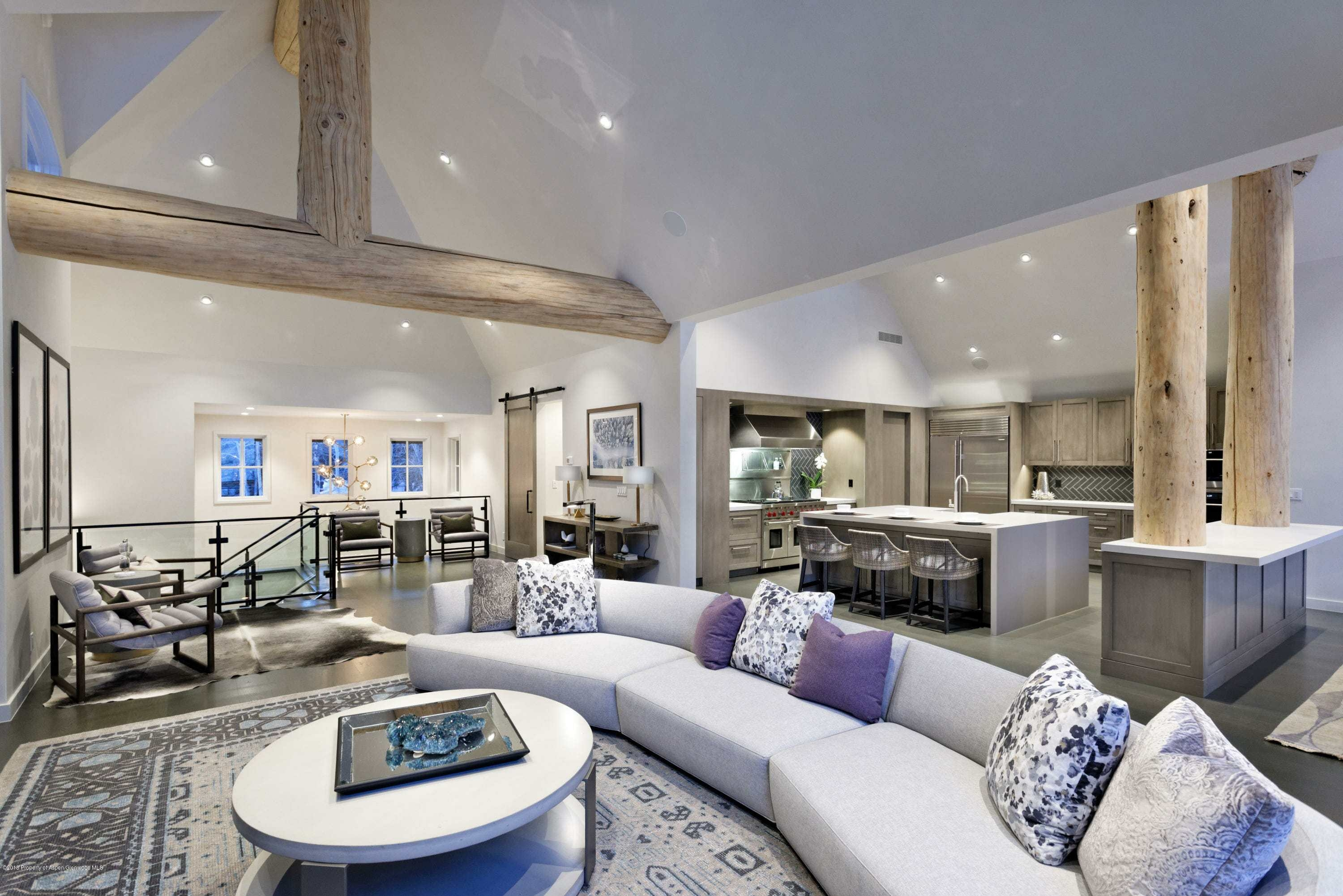 2018 Remodeled Ute Ave Home Closes at $13.3M/$2,785 Sq Ft Furnished Grosses 37% Return Image