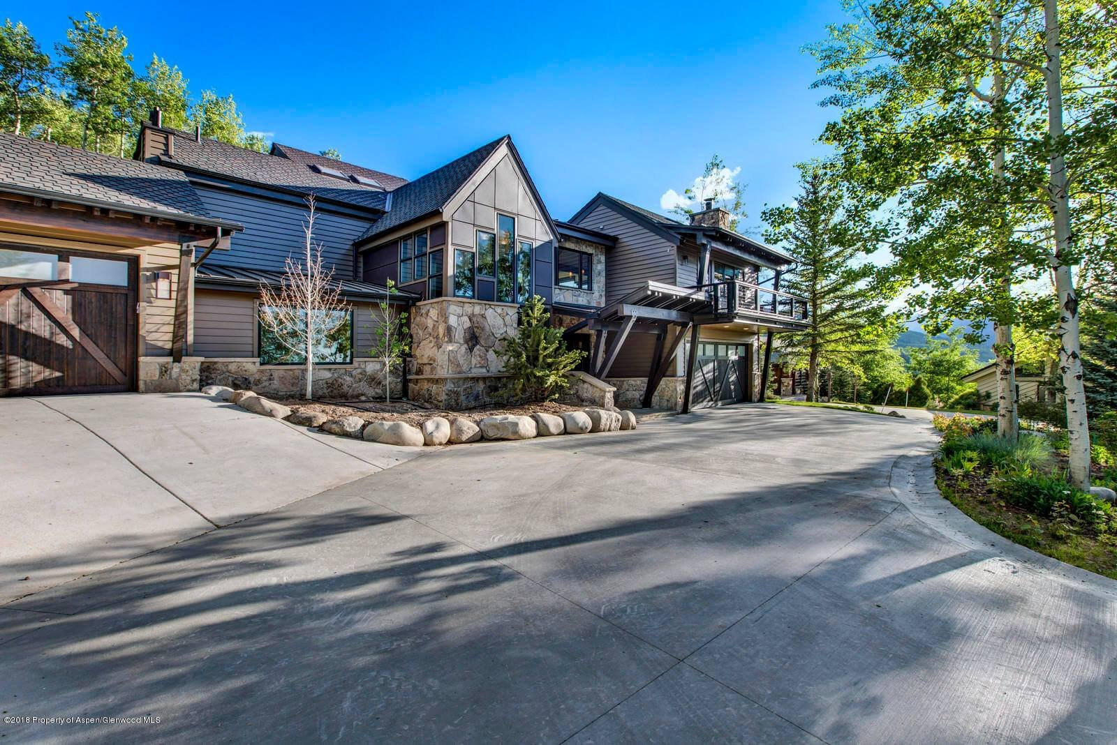 Snowmass Village 2018 Remodeled Ridge Run Home Closes at $5.7M/$1,357 Sq Ft Furnished Image