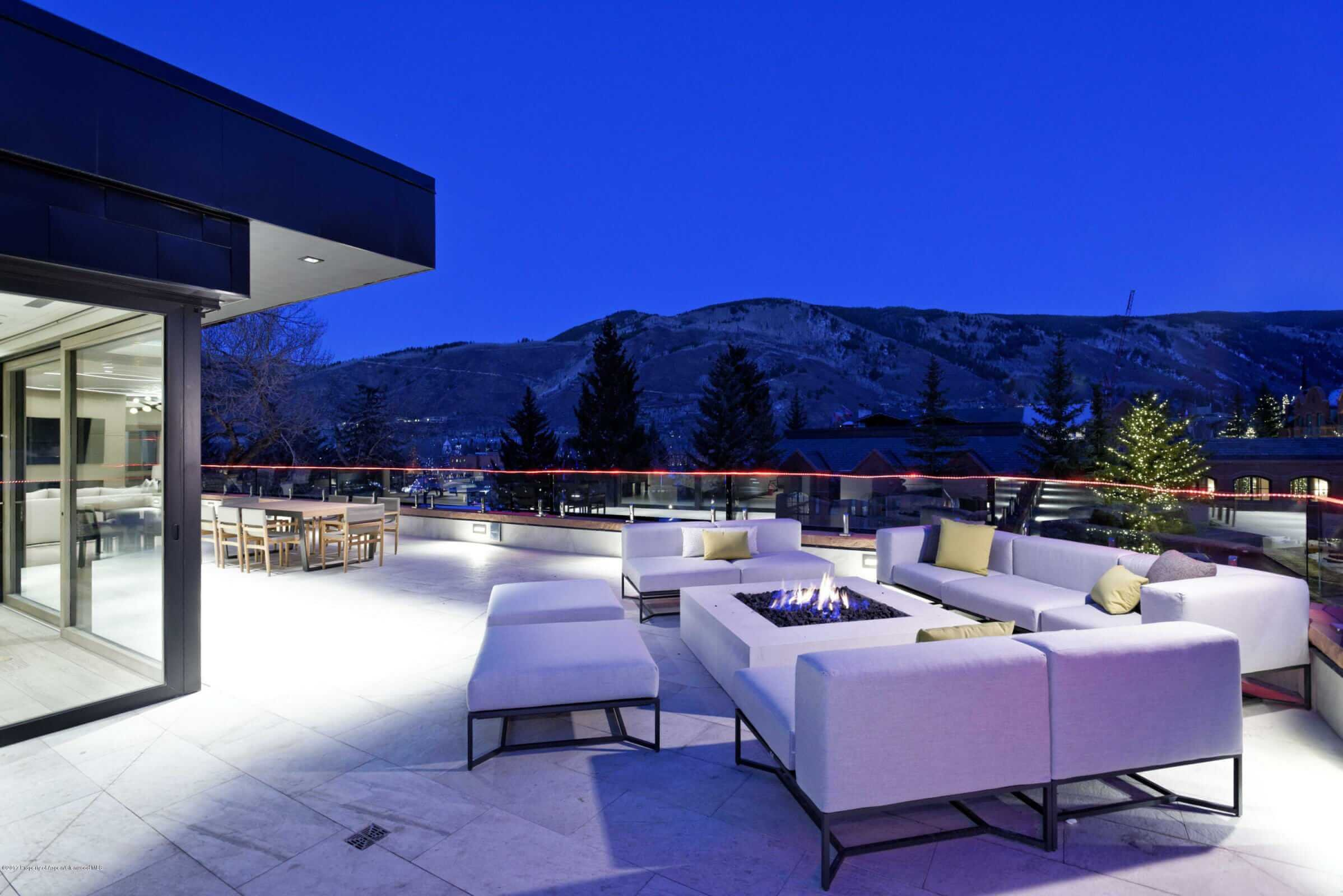 Competition in the $5,000-$10,000 Per Sq Ft Downtown Aspen Penthouse Market Gets Heated Image