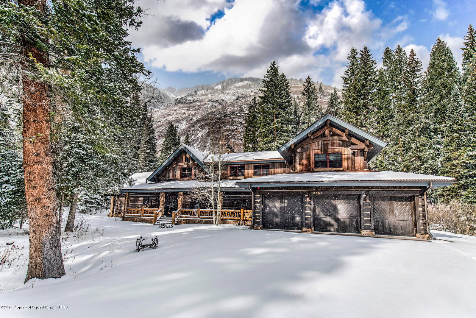 Conundrum Creek Luxury Mountain Cabin Closes at $6.8M/$1,421 Sq Ft Image
