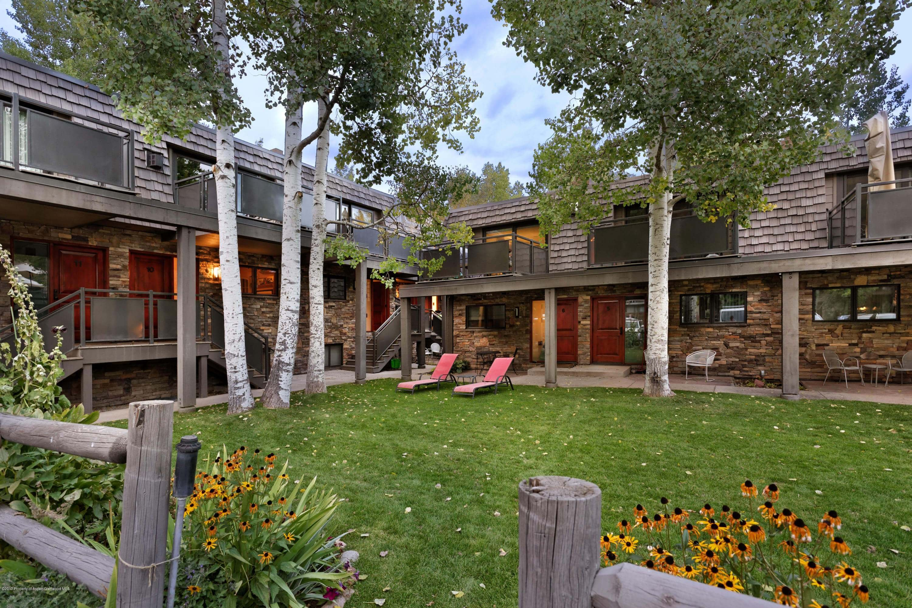 124 E Durant Avenue Unit 7, Aspen, CO Townhome Thumbnail