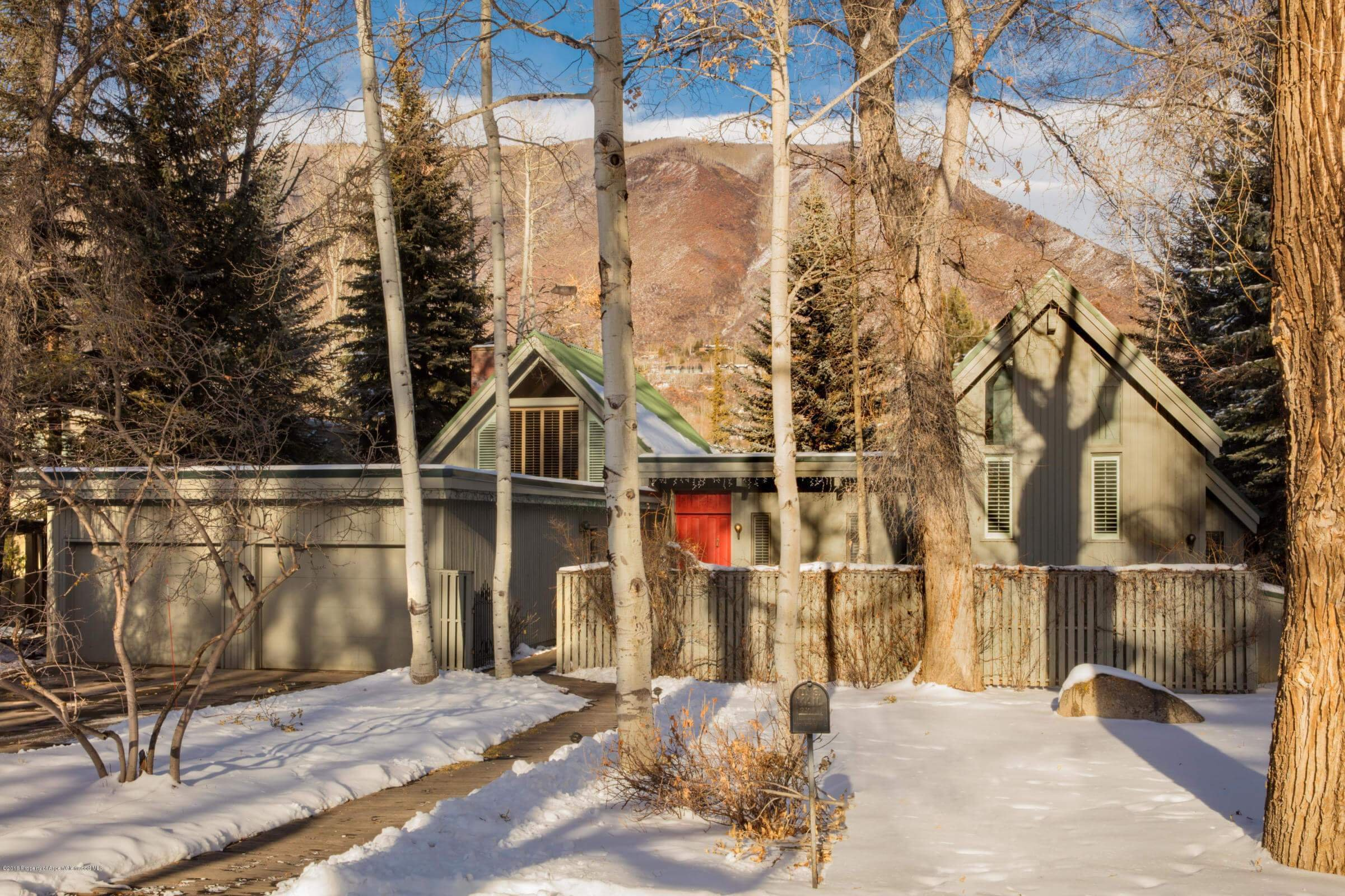 Oversized Lake Ave Lot with Older Aspen Home Bordering Hallam Lake Closes at $13M & Another Wyly Property is Sold Image