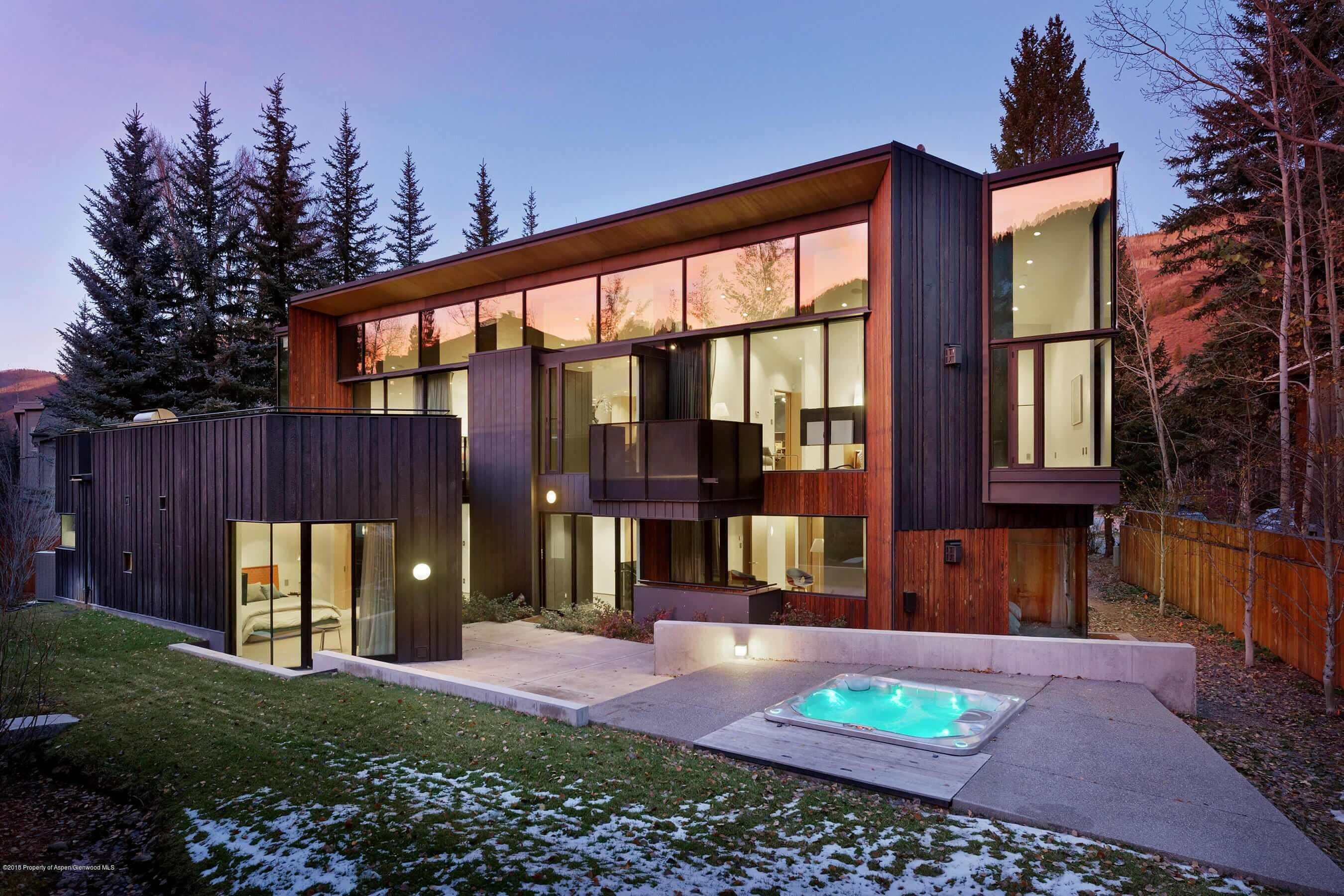 Contemporary Aspen CO Home for Sale Closes at $13.8M/$2,362 Sq Ft Furnished Image