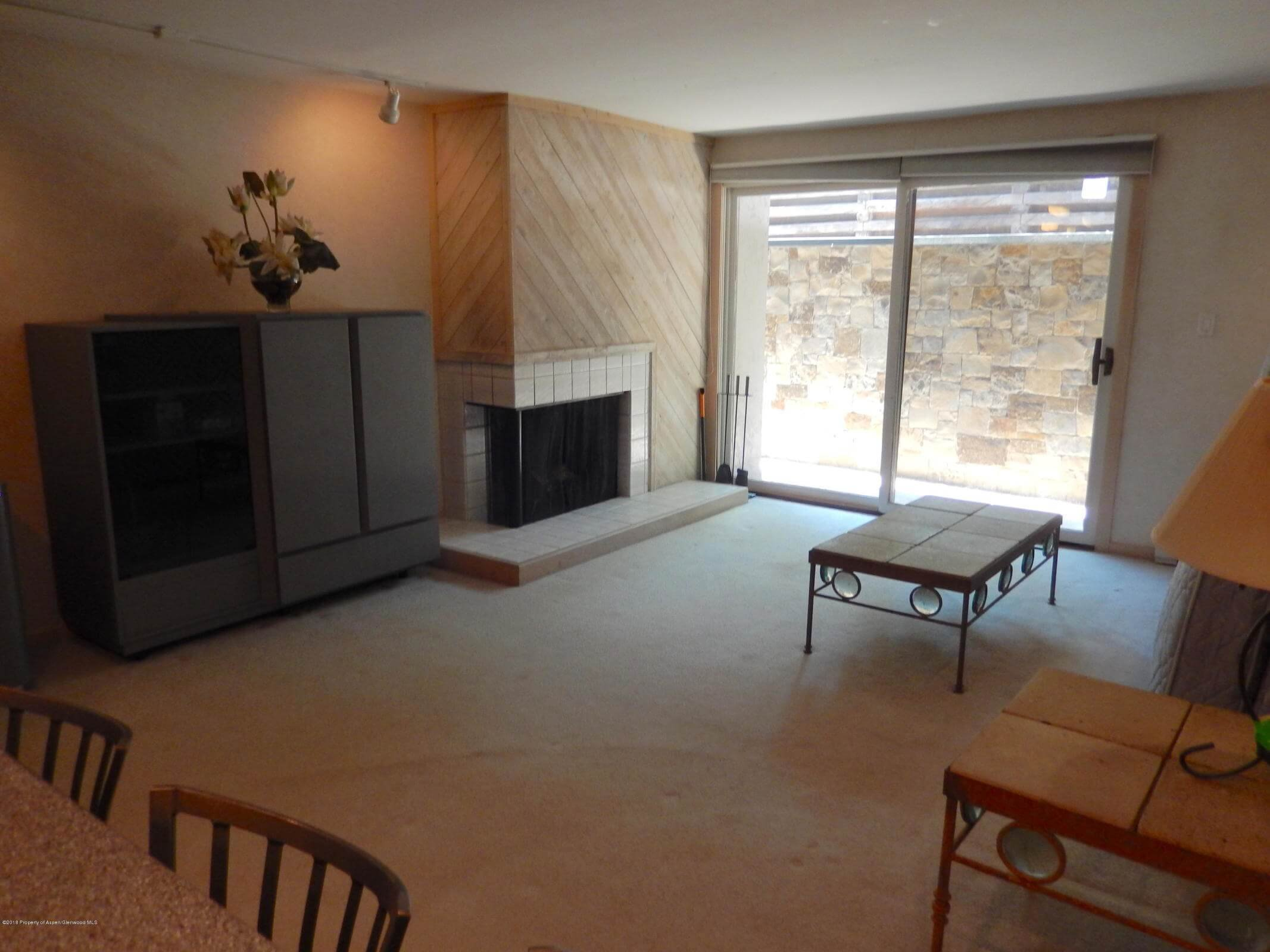 700 Monarch Street 104, Aspen CO 2-Bdrm Condo Flip Thumbnail