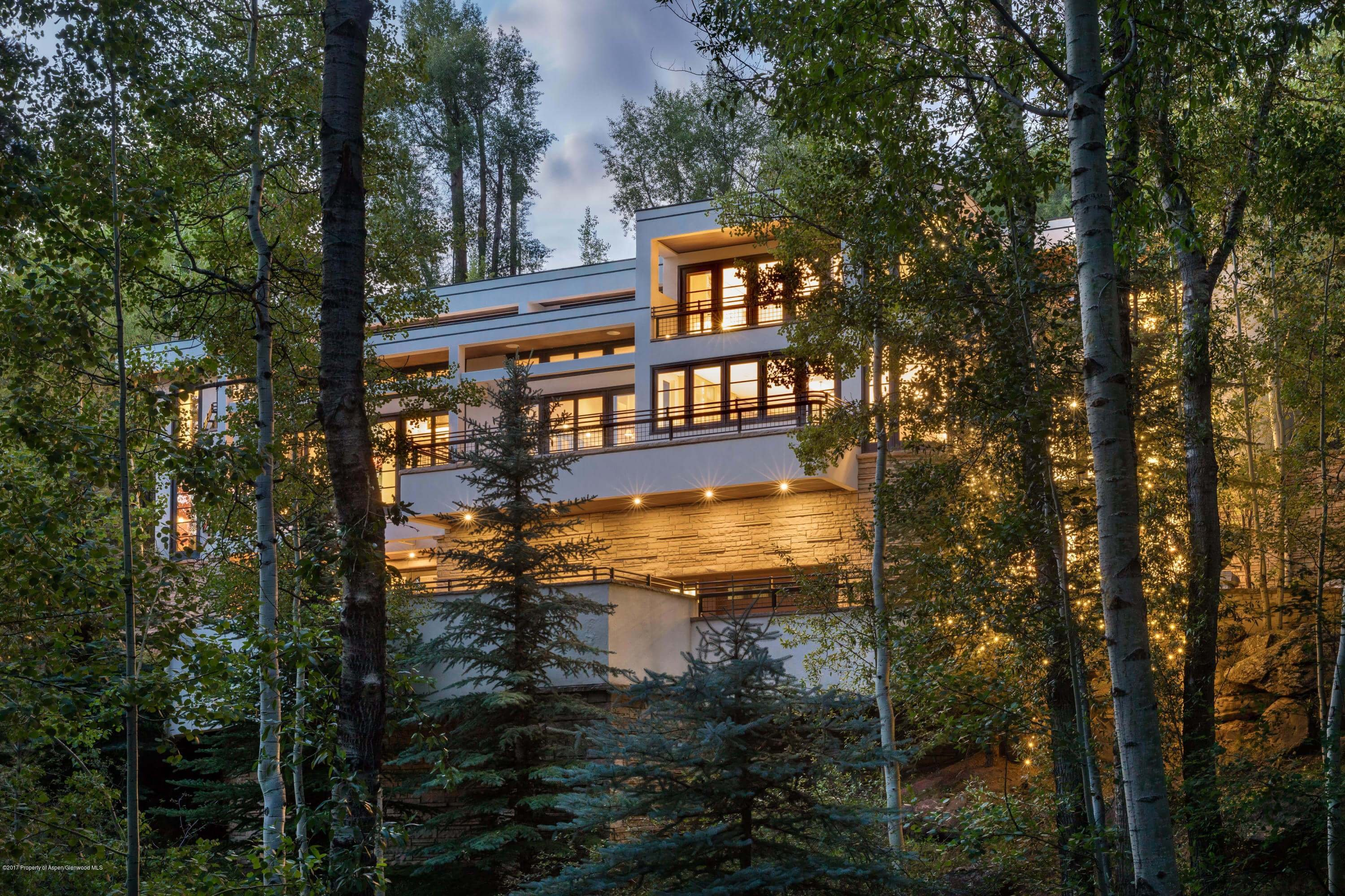 Pitkin Green Home on Red Mountain Closes at $11.1M/$1,411 Sq Ft Furnished Image