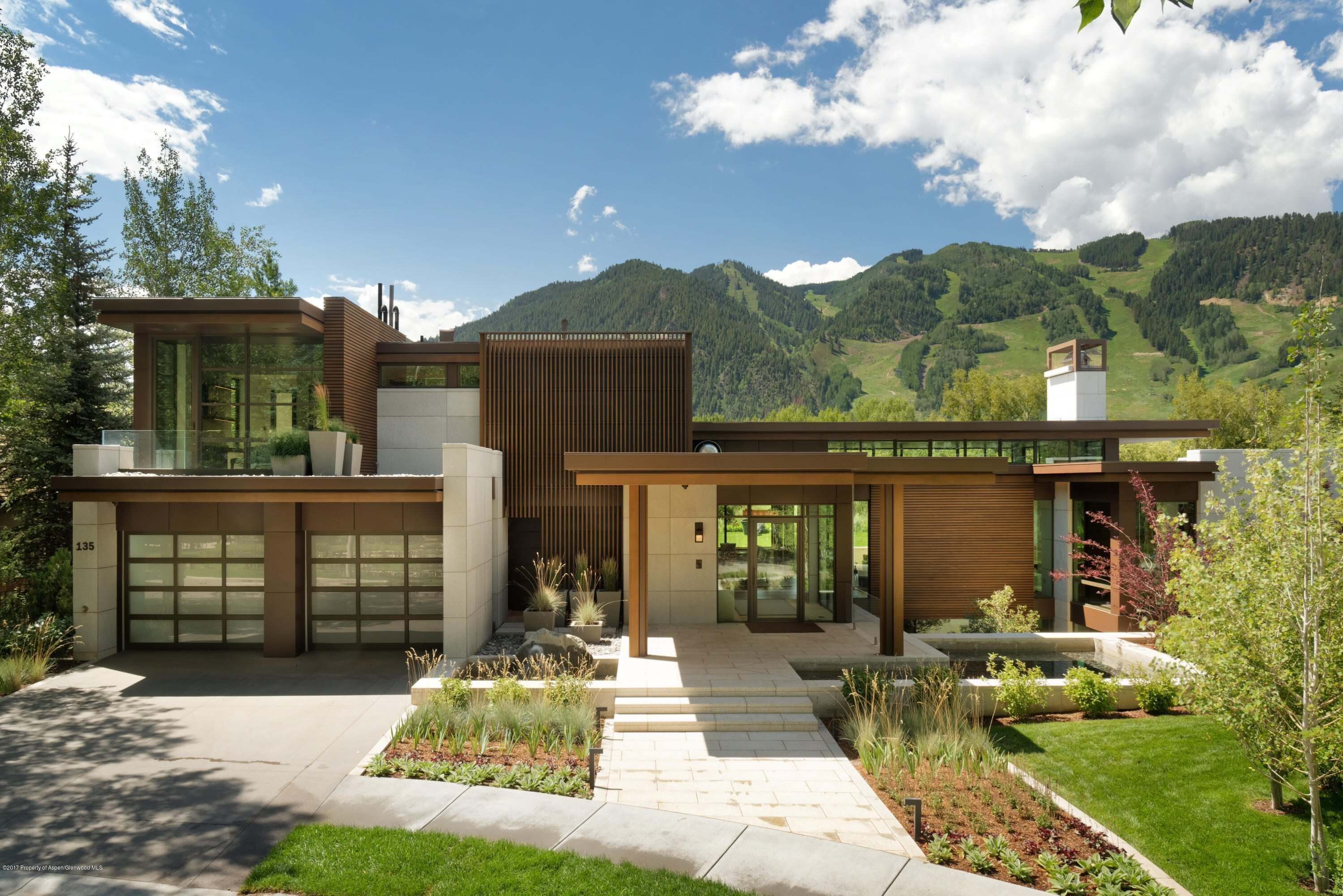 New Contemporary Aspen CO Home for Sale at 135 Miners Trail Closes at $21.5M/$2,621 Sq Ft Image