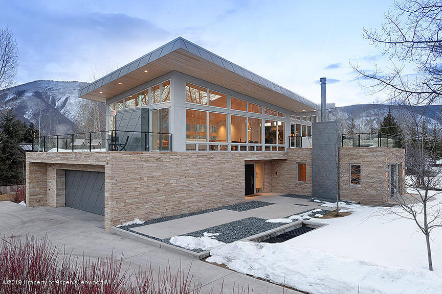 No Reserve Auction 2007 Built Aspen Home at 20 Maroon Court Sells at $5M/$879 SF Furnished Image