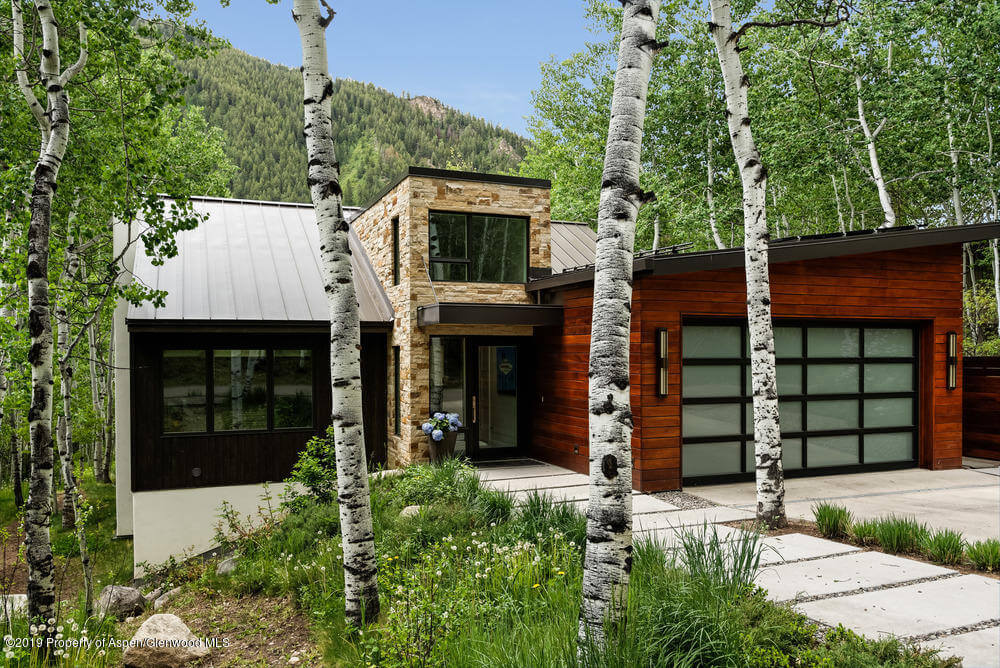 2015 Remodeled to Studs Aspen Home at 228 Eastwood Dr Closes at $6.3M/$1,678 SF Furn Image