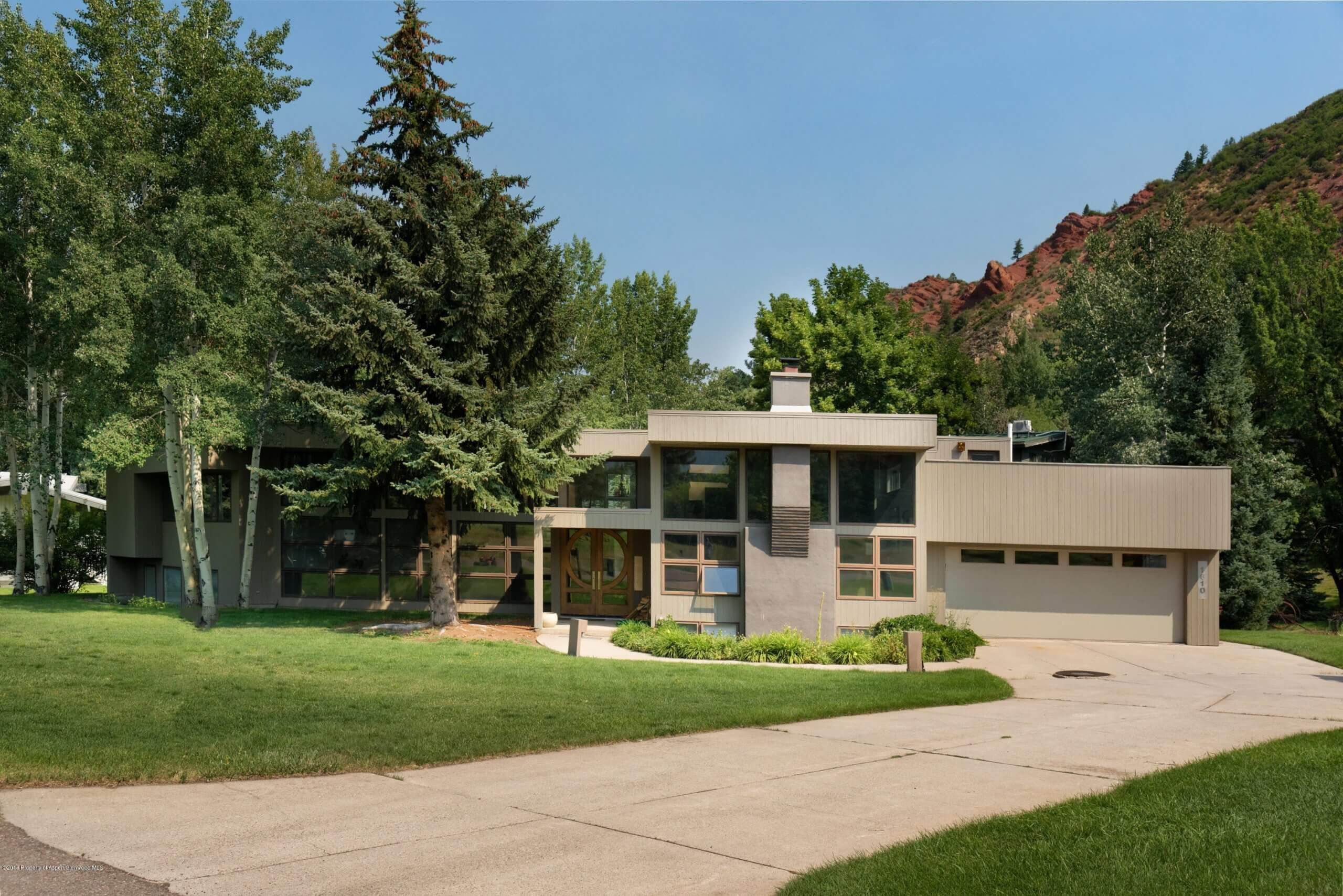 1610 Homestake Dr Off Cemetery Ln Sold at $4.5M/$1,069 SF Unfurn Image