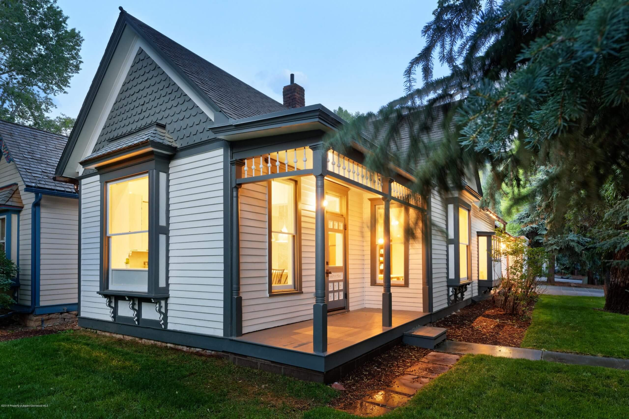 Historic West End Aspen – Small 3-Bdrm Home at 131 W Bleeker St Closes at $5.85M/$2,688 SF Furn Image