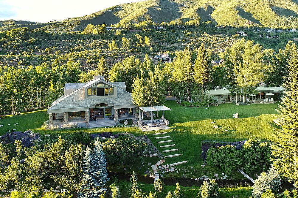 82 & 123 Cottonwood Circle on Red Mountain Sells at $19.5M/$2,394 SF Furn Image