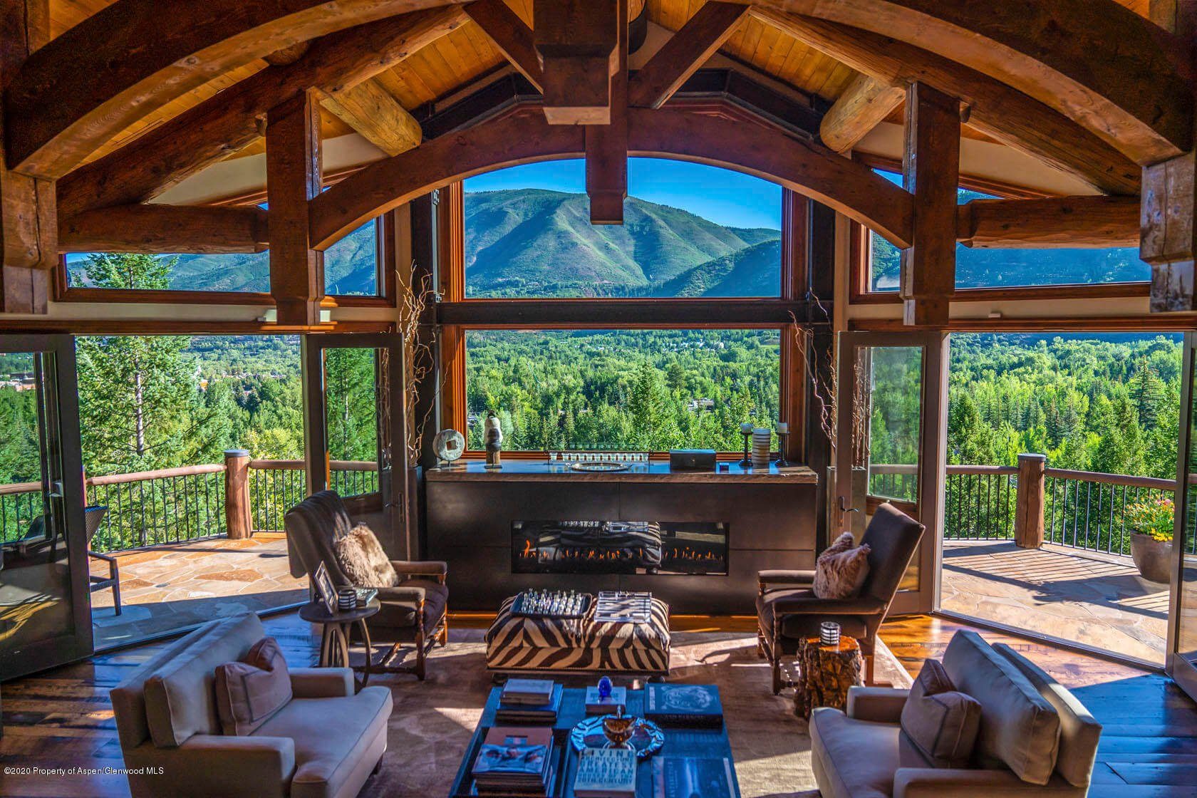 Sep 27 – Oct 4, 2020Estin Report: Last Week's Aspen CO Homes for Sale and Snowmass Real Estate Sales & Stats: Closed + (35) + Under Contract / Pending (27) Image