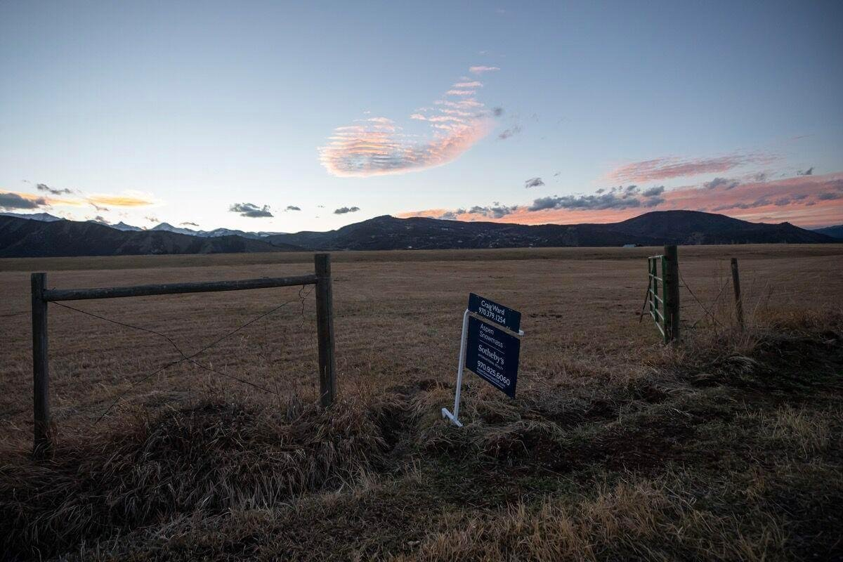 Aspen real estate – boom town means entrance for some, exit ramp for others Image