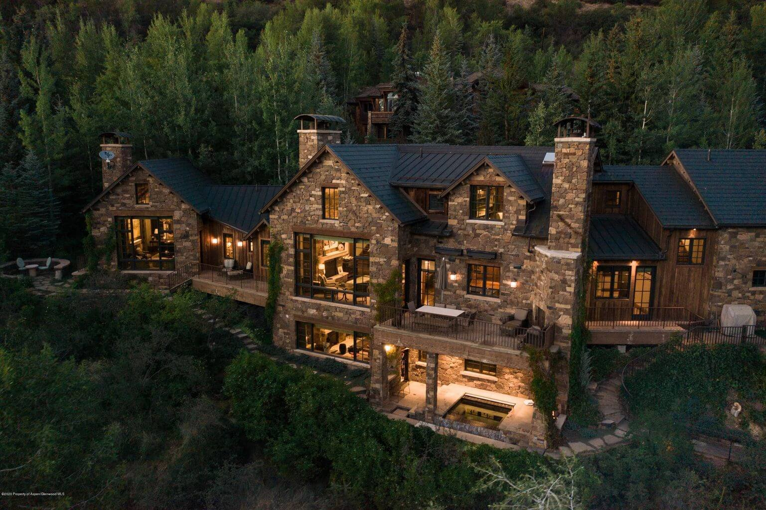 288 Willoughby Way with Aspen Mtn and River Views Closes at $29.7M/$2,790 SF Part.Furn. Image