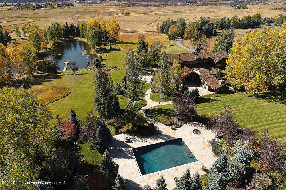 200 Yellow Fox Lane with 30 Acres off McLain Flats Rd Closes at $17.825M/$2,384 SF Image
