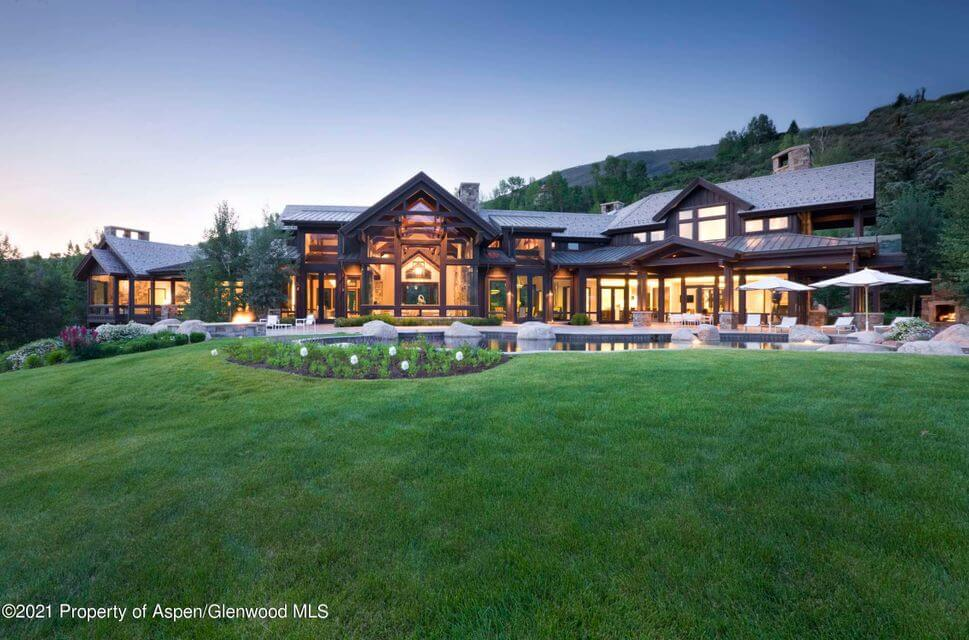ASPEN SALES RECORD – 421 WILLOUGHBY WYY SELLS AT $71.5M AS BUYER MAKES 3 TRADES IN 6 MONTHS Image